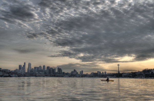 seattle-skyline-and-kayak_5393177309_o